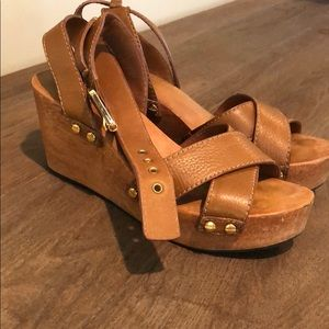 Tory Burch Wood Wedge Tan Sandal with Gold Studs